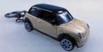 MINI KEYCHAIN PEPPER WHITE WITH BLACK ROOF